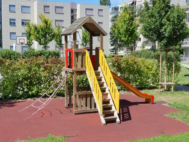 Spielplatz 8